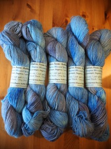 Blizzard yarn (85% Angora, 15% Cormo wool) © Windsor Farms Rabbitry, all rights reserved.