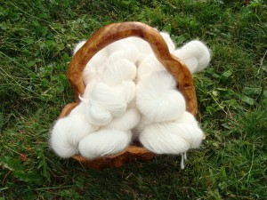 Angora yarn that has been washed and dried after receiving it from the mill.